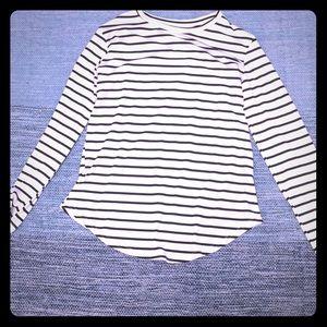 Medium adult stripe shirt